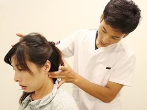 垂水坂口鍼灸整骨院頭痛施術の写真